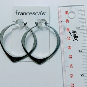NWT Hoop earrings silver-tone